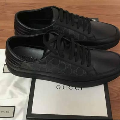 GUCCI GG SUPREME LEATHER SNEAKERS In Box 100% AUTHENTIC Size 11.5 With Receipt