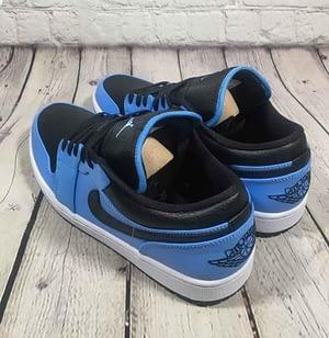Nike Jordan 1 Low University Blue 2